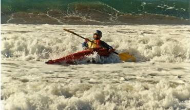 Kayaking-Surfing-001