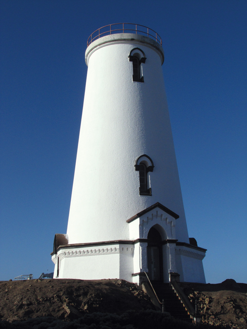 Piedras_Blancas_Lighthouse