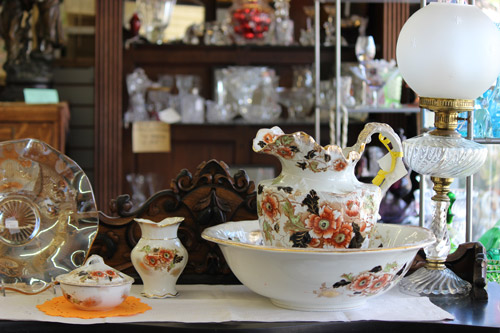 Antiques on Monterey