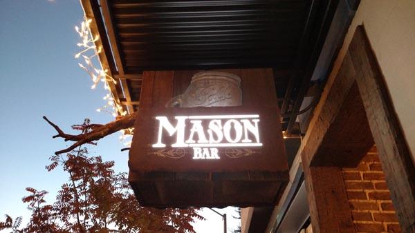 Mason Bar & Grill street sign