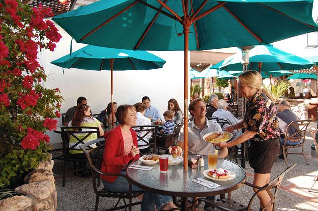 Brads Restaurant Pismo Beach